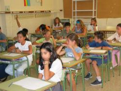 Abierto el plazo de solicitud de becas escolares 2014-2015