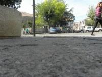 IU denuncia el estado del pavimento en el Paseo Mayor