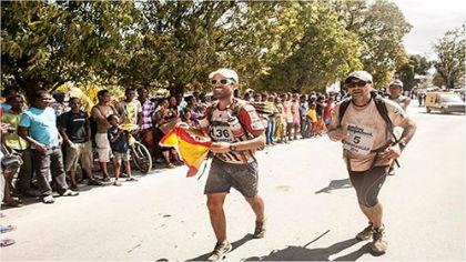 Carlos Llano supera 250 kilómetros en siete días en Madagascar