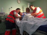 Nacimiento sorpresa en la ambulancia de Cruz Roja Galapagar