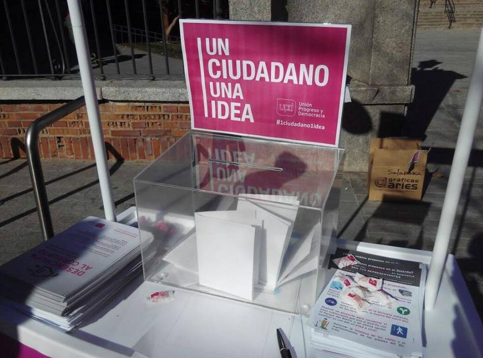 Gran acogida de la iniciativa 'Un Ciudadano, Una Idea' de UPyD en Torrelodones