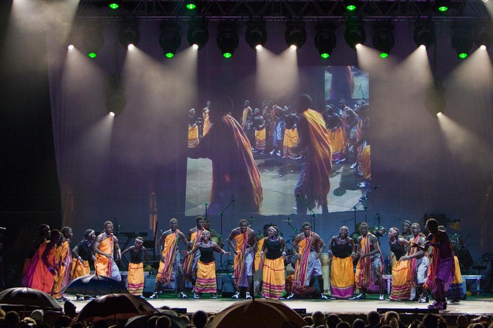 Danza y música africana en Galapagar con los niños de
