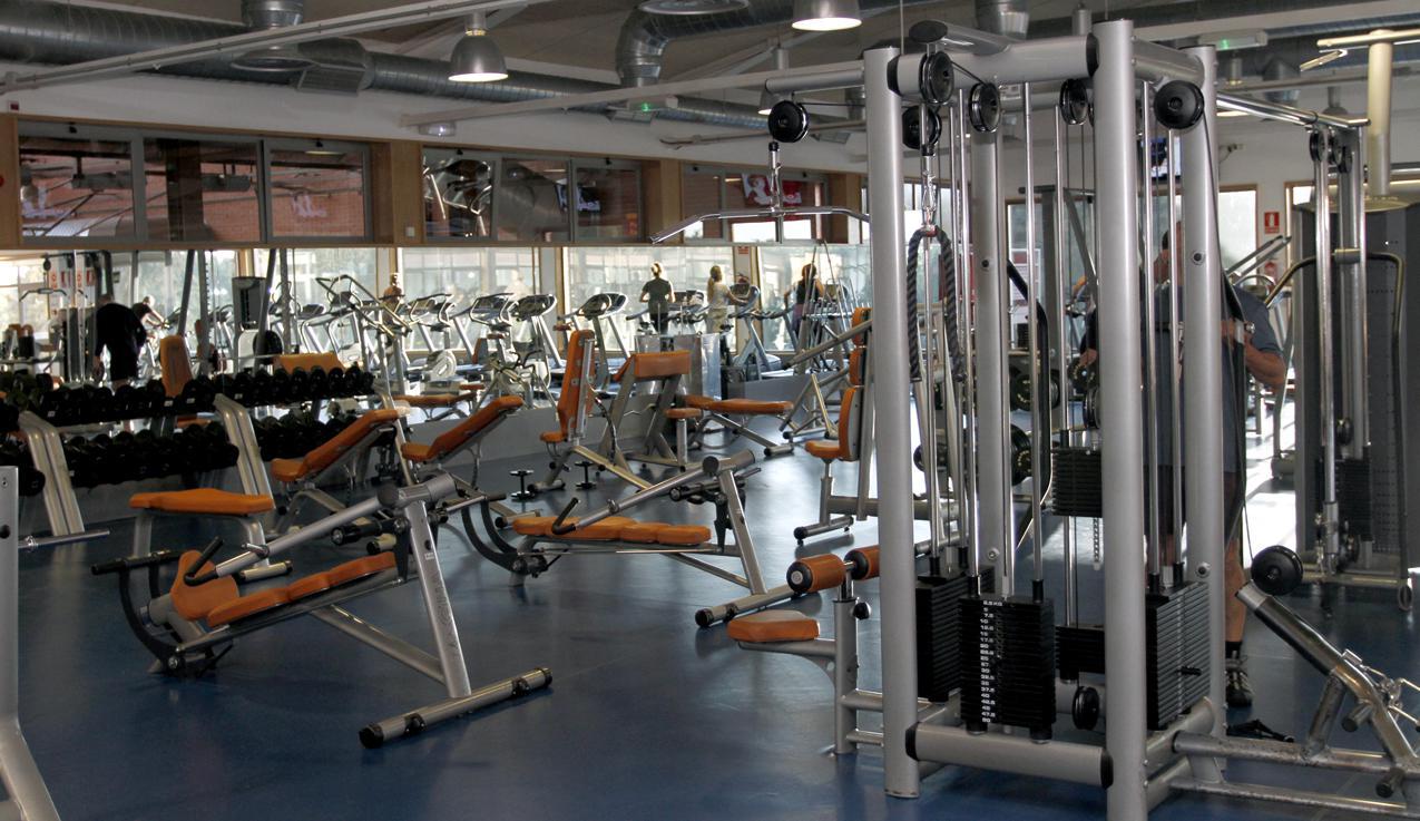 El Ayuntamiento rebaja los precios de uso de las instalaciones deportivas con el Bonodeporte+