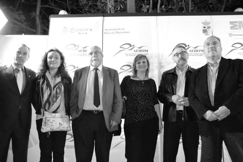 Todos los candidatos políticos reunidos en la fiesta de AEHOM