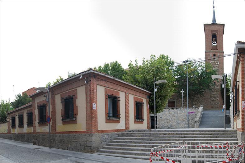 Un informe de Patrimonio deniega al Arzobispado el derribo de las casas parroquiales de Las Rozas