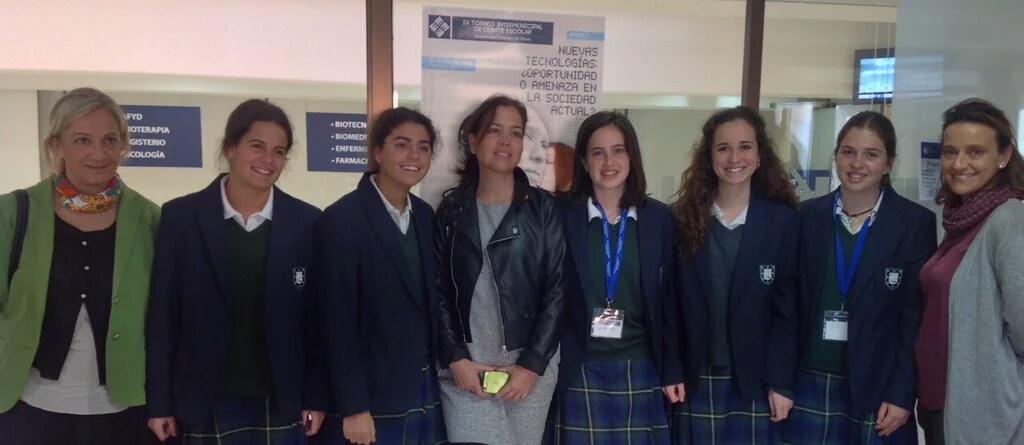 Las alumnas del colegio Orvalle de Las Rozas, ganadoras del IV Torneo Intermunicipal de Debate Escolar