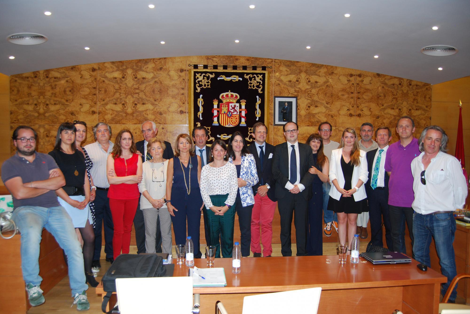 Aprobaciones y despedidas en el último Pleno de legislatura en Torrelodones