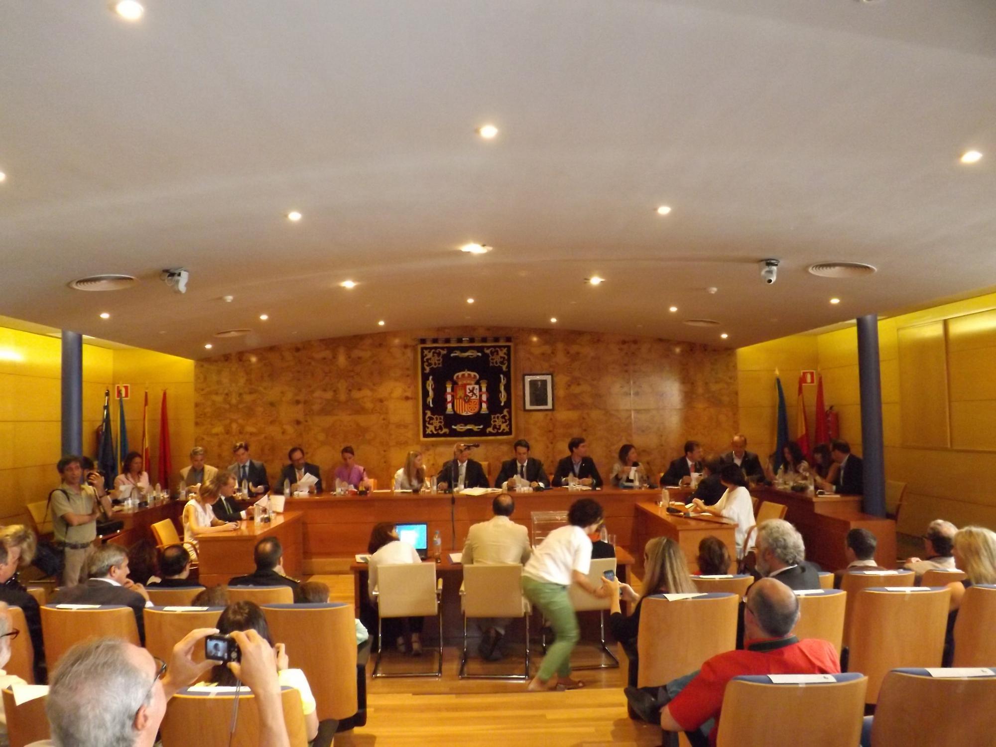 Constituida la nueva Corporación municipal de Torrelodones
