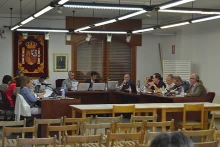 Se exige esclarecer irregularidades y relación con la `Púnica´ en el contrato de eficiencia energética en Hoyo de Manzanares.