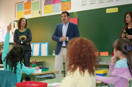 """Más de 1.000 alumnos del centro de Las Rozas se benefician del """"Camino Escolar"""""""