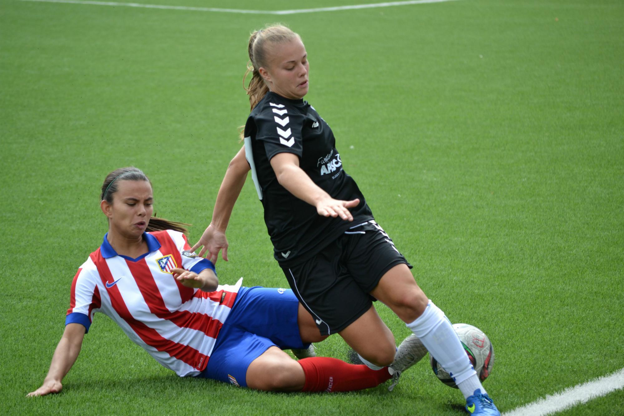 Las chicas del Torrelodones CF caen con honor ante el Atlético de Madrid