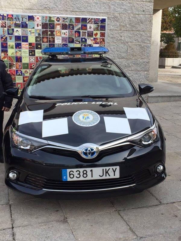 Dos vehículos híbridos se incorporan al parque móvil de la Policía Local de Torrelodones