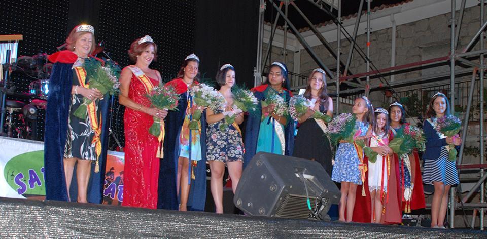 Hoyo de Manzanares elige a sus reinas de las fiestas.