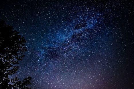 Compromiso para reducir la contaminación lumínica en los cielos madrileños