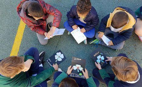 Los alumnos de El Encinar y el San Ignacio intercambian semillas de sus huertos