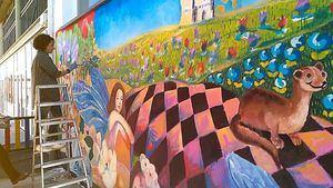 Color, música y solidaridad en los colegios con el proyecto 'De pared a pared'