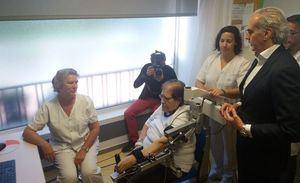 Un robot en el Hospital de Guadarrama ayuda a rehabilitar los brazos