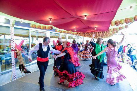 Una Feria de Abril para los mayores de Boadilla