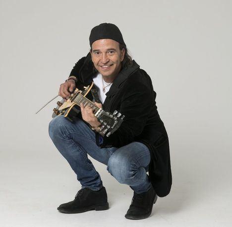 """Álvaro Urquijo: """"Estamos un poco pirados los músicos"""""""