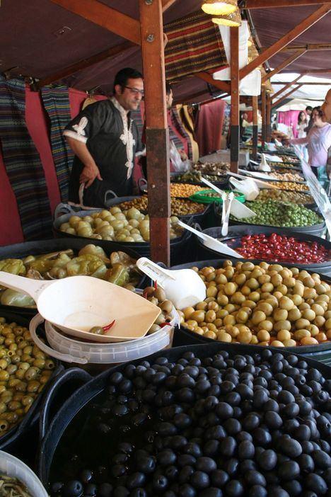 El Mercado Medieval estrena la reforma de la calle Real