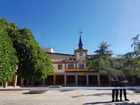 La Policía Nacional registra desde primera hora de la mañana el Ayuntamiento de Las Rozas