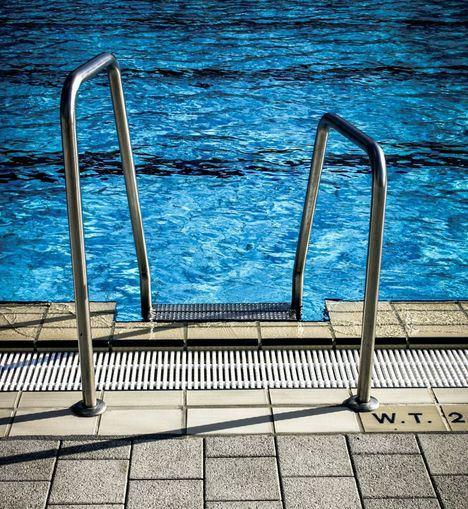 Puertas abiertas en la piscina de verano de Collado Villalba