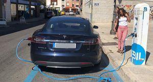 Sobre el fallo de los cargadores Tesla en Espacio Torrelodones