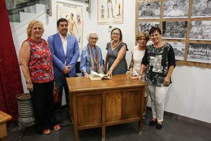 Los 75 años del Carlos Ruiz protagonizan una exposición