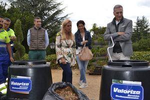 El Ayuntamiento prestará cien compostadoras a los vecinos