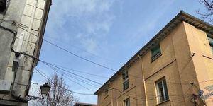 Obras para soterrar las líneas de telefonía en el casco urbano