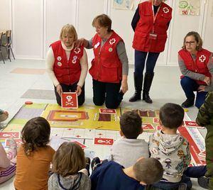 Cruz Roja enseña a evitar accidentes infantiles a través del juego