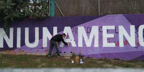 Los artistas de Munary y el Ayuntamiento ya han repuesto el mural