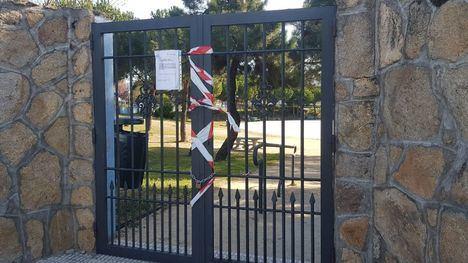 Collado Villalba cierra los parques y cancela el mercadillo