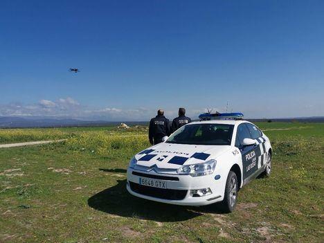 Un dron ayuda a la Policía a vigilar el cumplimiento de las medidas de confinamiento