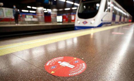 Metro Madrid prepara la desescalada con nueva señalización