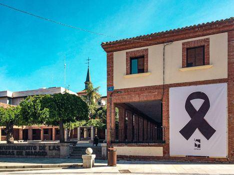Las Rozas organizará una exposición en memoria de los fallecidos por COVID-19