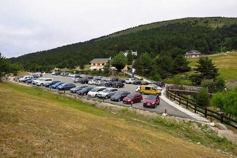 Los aparcamientos de la Sierra permanecerán cerrados para evitar aglomeraciones