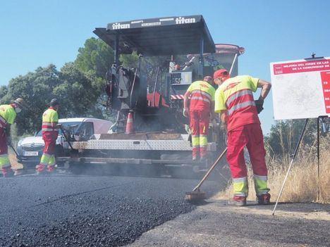 La Comunidad mejorará el firme de 384 kilómetros de carreteras durante 2020