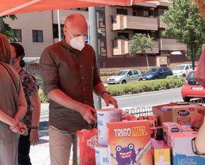 Ciudadanos Las Rozas recoge 300 kilos de alimentos para Cáritas