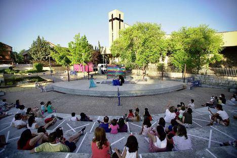 Los Veranísimos proponen fados, recitales y el primer mercadillo Las Rozas Chic