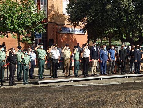 Acto de homenaje a las víctimas del COVID-19 en Los Arroyos