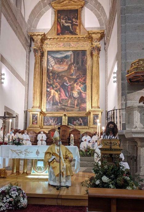 El Escorial conmemora el 425 aniversario de la consagración de la Iglesia parroquial San Bernabé