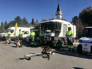El Escorial estrena un servicio de limpieza exclusivo para Los Arroyos y Las Suertes