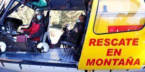 Díaz Ayuso anuncia durante la presentación del Plan de Inclemencias Invernales que los helicópteros de rescate del GERA incorporarán a un médico