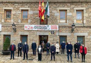 La Delegación de Gobierno inicia este martes el reparto de 1,6 millones de mascarillas en los municipios