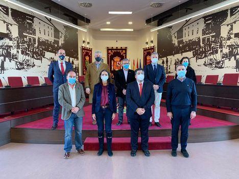 La Ministra de Industria, Turismo y Comercio se reunió con varios alcaldes del Noroeste en Galapagar