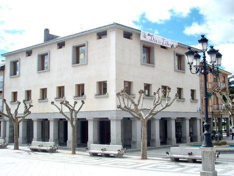La Biblioteca municipal de El Escorial modifica su horario con motivo de las fiestas navideñas