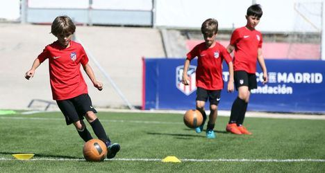 El Atlético de Madrid y el Ayuntamiento de Collado Villalba lanzan una escuela infantil de tecnificación