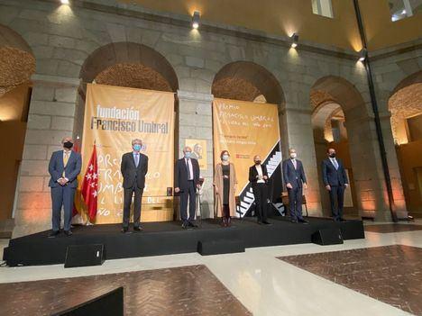 Elena Medel gana el Premio Francisco Umbral al Libro del Año 2020 por la novela 'Las Maravillas'