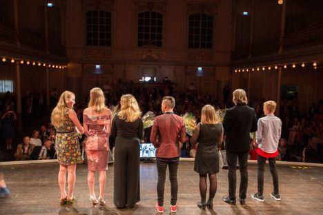 El IES Guadarrama anima a los vecinos a nominar a algún joven para el premio 'Young Courage Award'